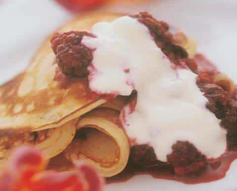 Sweet pancakes with fruit compote NutriShield Multi Vitamins and Minerals